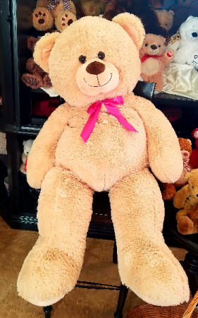 4 Foot Teedy Bear Exclusively at Mom & Pops in Ventura, CA | Mom And Pop Flower Shop