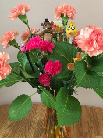 5 nights at frddies vase arrangment