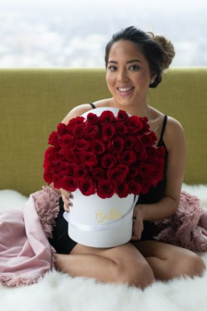 50 FRESH ROSES IN A WHITE HAT BOX
