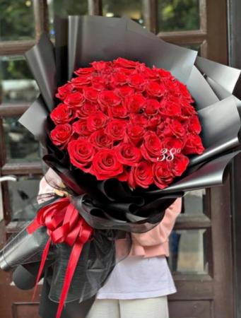 50 Premium Red Roses