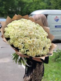50 roses bouquet Hand bouquet