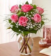 6 Pink Roses Arranged in a Vase
