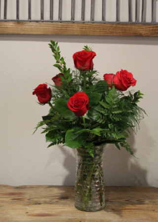 6 Red Rose Vase Design Roses