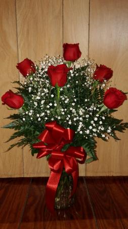 Six Red Roses  Vase Arrangement