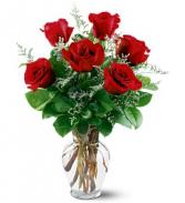 6 RED ROSES  VASE ARRANGMENT