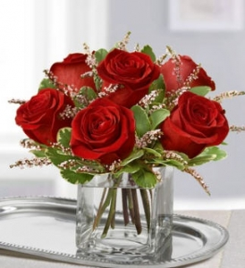 6 rose floral with filler  any color you want (just specify)