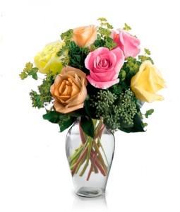 6 Stunning Fresh Roses Vase
