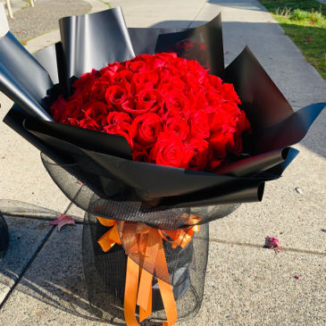 60/st red roses bouquet