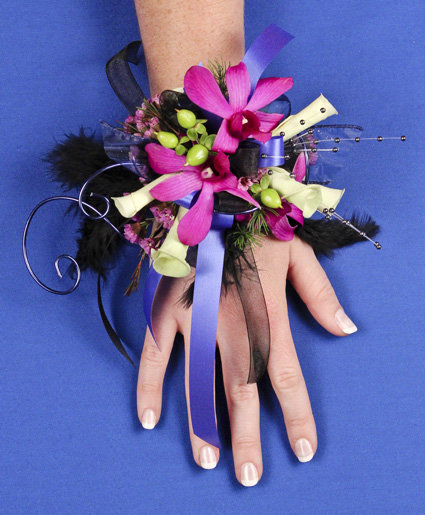 A night to remember prom corsage in calgary ab gypsy rose florist a night to remember prom corsage mightylinksfo