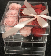 8 Preserved Roses in Acrylic Makeup box