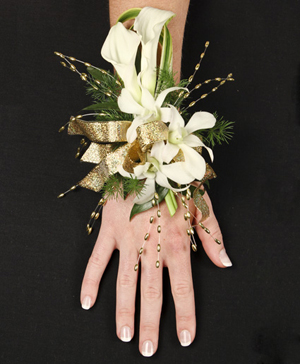 CLASSY CANDLELIGHT Prom Corsage in Ozone Park, NY | Heavenly Florist