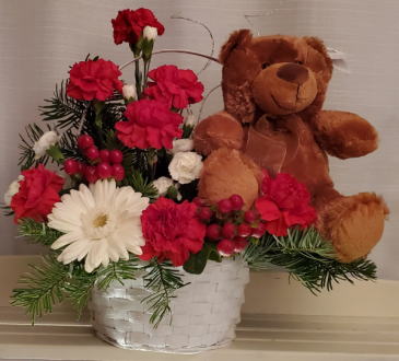 8FR000077 Beary Berry Christmas Basket Arrangement