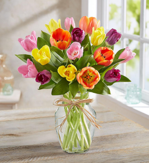 91317M Timeless Tulips  in Beaufort, SC | CAROLINA FLORAL DESIGN