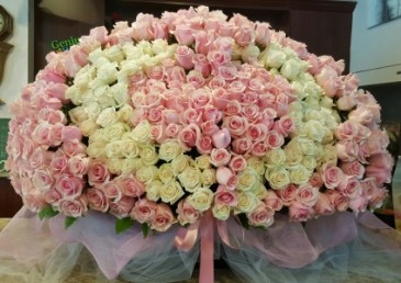499 Roses bouquet  **ORDER 10-14 DAYS ADVANCE**