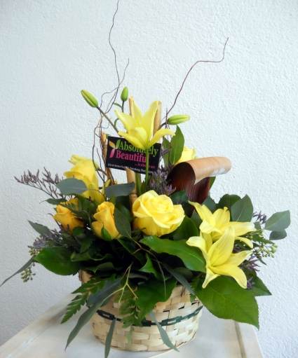 A BASKET OF SUNSHINE Absolutely Beautiful Flowers Arrangement