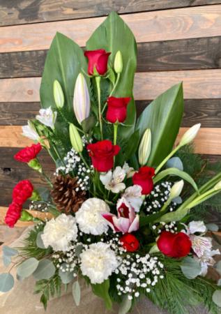 A Christmas Wish Fresh Flower Arrangement In Lakeside Ca Finest City Florist