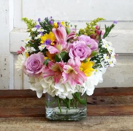 The Stella Bouquet Cube Arrangement