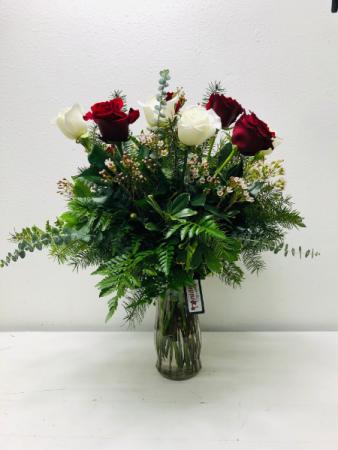 A Dozen for Christmas Fresh Cut Flowers