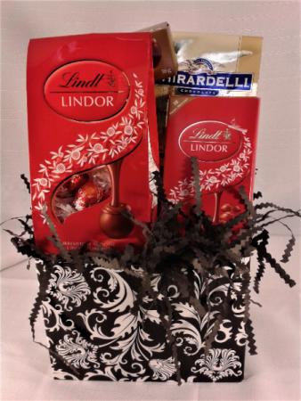 SANTA'S LIL' TREATS Lindt and Girardelli chocolates