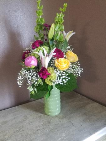 A little lemon, a little lime Vase arrangement