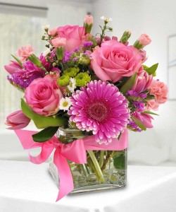 Perfectly   Pink        cube vase in Fort Smith, AR | Floral Boutique