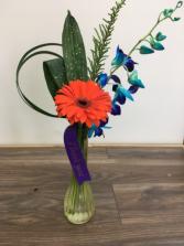 A little thank you Bud vase arrangement
