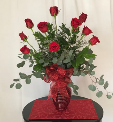 A Red Hot Dozen Fresh cut vase arrangement