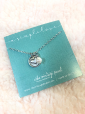 A simple love necklace