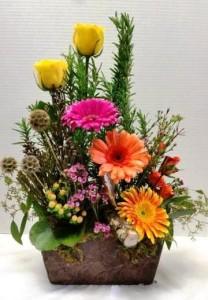 A Stroll Through the Garden Flower Arrangement in Webster, TX |  La Mariposa Flowers