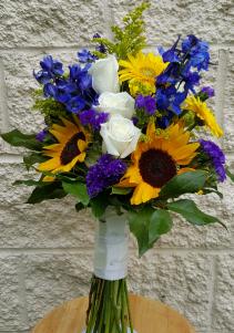 A Sunflower & Status Bouquet