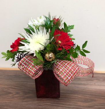 A touch of Christmas Fresh floral arrangement