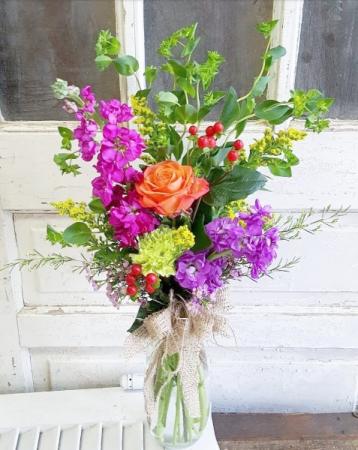 The Flora Bouquet Vase Arrangement