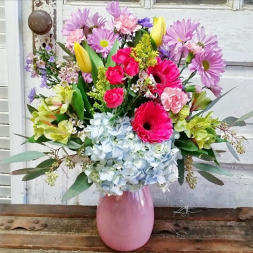 The Anastasia Bouquet Vase Arrangement