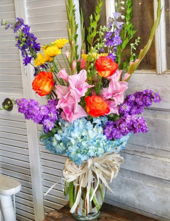 The Cecilia Bouquet Vase Arrangement