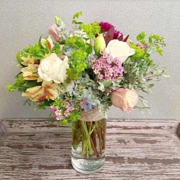 The Agatha Bouquet Vase Arrangement