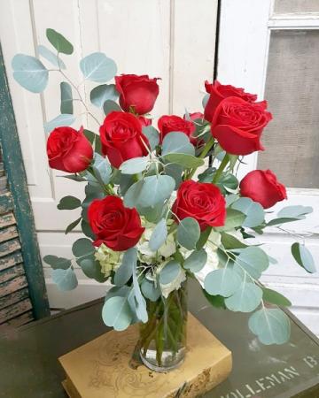 Silver Dollar Dozen Vase Arrangement