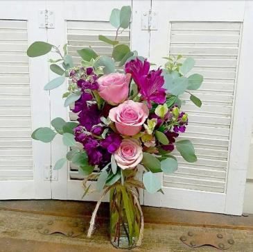 The Geraldine Bouquet Vase Arrangement