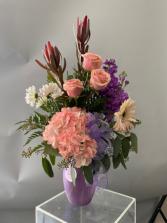 AB006 Floral Arrangement
