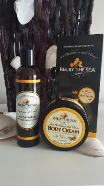 """""""BEE BY THE SEA"""" MADE IN CANADA Body cream and Body wash. Gift boxed-"""