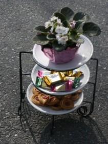 African voilet stand / cup cake server Garden Bouquet Exclusive
