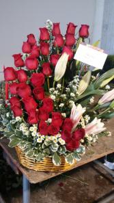 aline rose arrangement