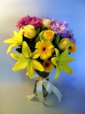 All About Daisies Vase