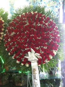 All-Rose Red Wreath Funeral Flowers