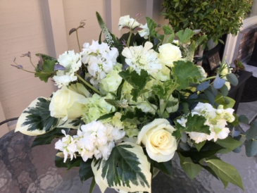 All White Delight Low and Full Arrangement