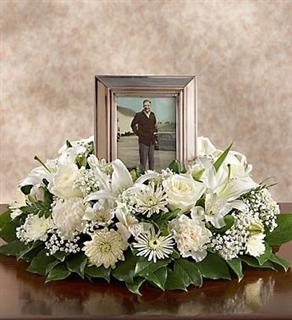 All White Urn or Picture Wreath  in Lebanon, NH | LEBANON GARDEN OF EDEN FLORAL SHOP