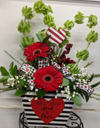 All you need is love arrangement container-fresh