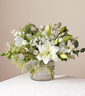 Alluring Elegance Clear Vase