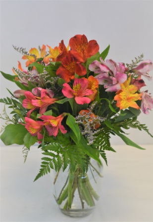 ALSTROMERIA  SPLASH FRESH FLOWERS VASED