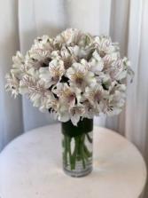 Alstrordinary  Vase Arrangement