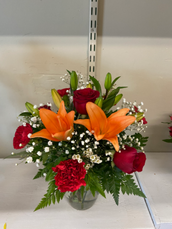 Always true vase arrangement